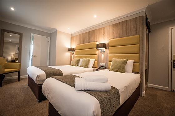 hotel-accommodation-oxfordshire-family-room