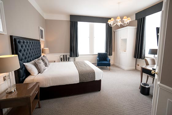 hotel-accommodation-oxfordshire-superior-room